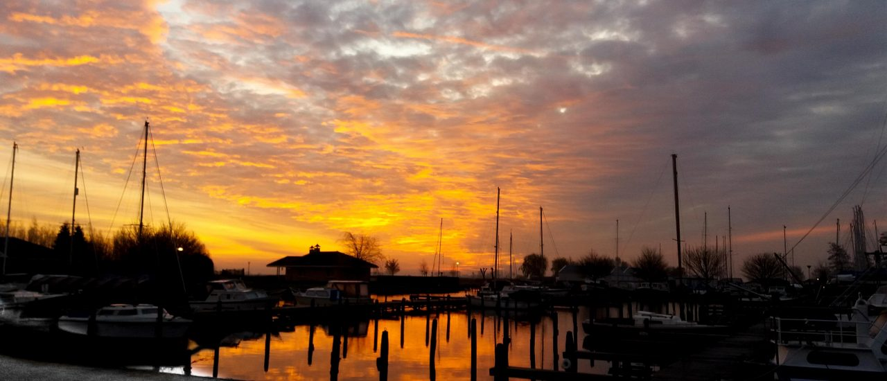 Zonopkomst Jachthaven Lemsterpoort